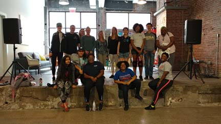 2017 SYPIP Interns volunteering at 412 Food Rescue in East Liberty (Photo by Amma Ababio)