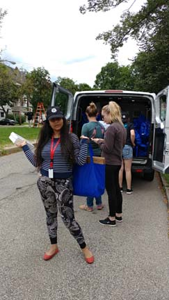 2017 SYPIP Interns volunteering in Point Breeze for 412 Food Rescue (Photo by Amma Ababio) (2)