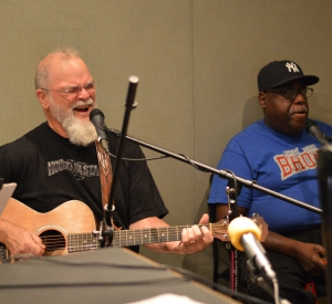 Live Music: The Carpenter Ants, featuring Larry Groce